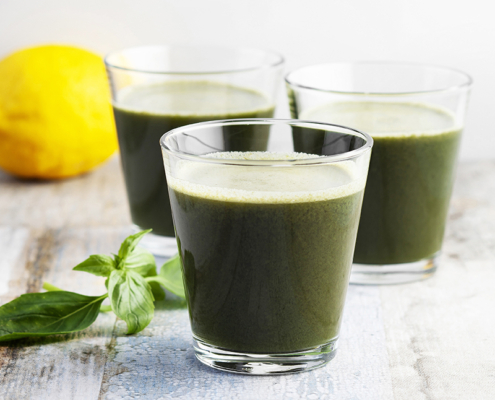 Green smoothie,antioxidant,Detox juice,lemon juice,spinach juice