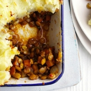 Vegetarian shepherd's pie with spiced lentils